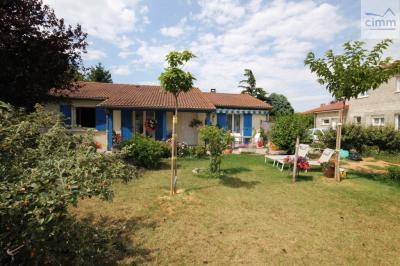 Maison Salaise sur Sanne &bull; <span class='offer-area-number'>94</span> m² environ &bull; <span class='offer-rooms-number'>5</span> pièces
