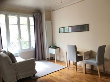 Appartement Paris 16 &bull; <span class='offer-area-number'>32</span> m² environ &bull; <span class='offer-rooms-number'>1</span> pièce