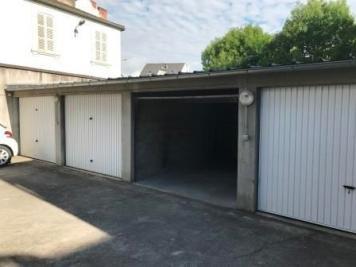 Parking Vichy &bull; <span class='offer-area-number'>16</span> m² environ &bull; <span class='offer-rooms-number'>1</span> pièce