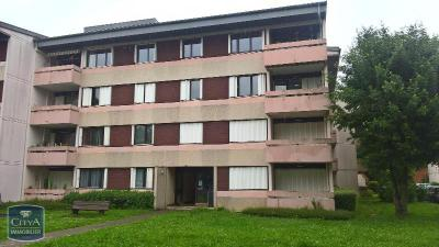 Appartement St Julien en Genevois &bull; <span class='offer-area-number'>93</span> m² environ &bull; <span class='offer-rooms-number'>4</span> pièces