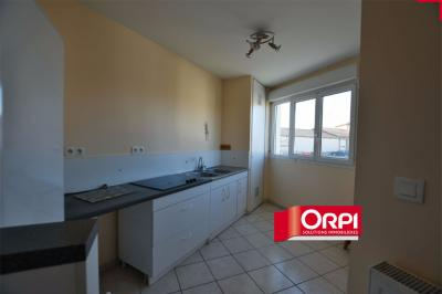 Appartement St Symphorien sur Coise &bull; <span class='offer-area-number'>71</span> m² environ &bull; <span class='offer-rooms-number'>3</span> pièces
