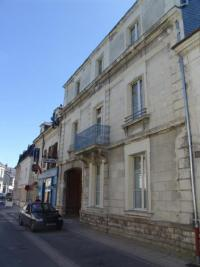 Appartement Longue Jumelles &bull; <span class='offer-area-number'>68</span> m² environ &bull; <span class='offer-rooms-number'>2</span> pièces