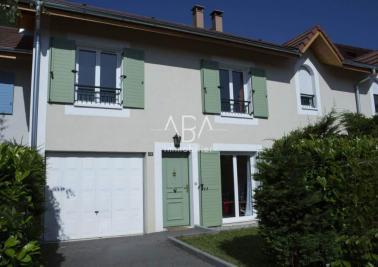 Maison Collonges &bull; <span class='offer-area-number'>82</span> m² environ &bull; <span class='offer-rooms-number'>4</span> pièces