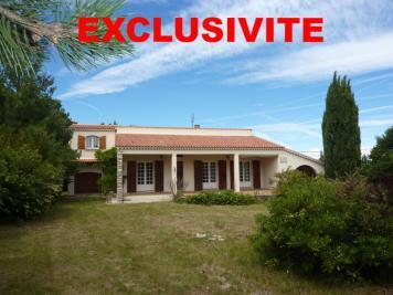 Maison St Remeze &bull; <span class='offer-area-number'>110</span> m² environ &bull; <span class='offer-rooms-number'>4</span> pièces