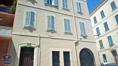 Appartement Toulon &bull; <span class='offer-area-number'>55</span> m² environ &bull; <span class='offer-rooms-number'>3</span> pièces