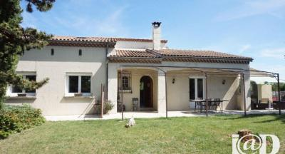 Maison Etoile sur Rhone &bull; <span class='offer-area-number'>173</span> m² environ &bull; <span class='offer-rooms-number'>7</span> pièces