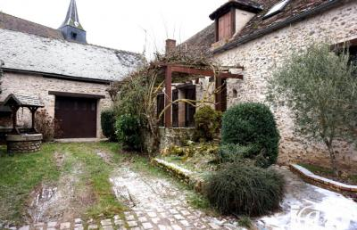 Maison Ponthevrard &bull; <span class='offer-area-number'>180</span> m² environ &bull; <span class='offer-rooms-number'>7</span> pièces