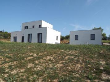 Villa Marmande &bull; <span class='offer-area-number'>144</span> m² environ &bull; <span class='offer-rooms-number'>4</span> pièces