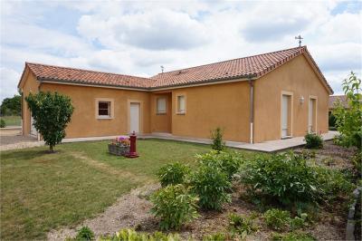 Maison Contrisson &bull; <span class='offer-area-number'>125</span> m² environ &bull; <span class='offer-rooms-number'>4</span> pièces