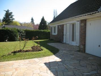 Maison Lesigny &bull; <span class='offer-area-number'>140</span> m² environ &bull; <span class='offer-rooms-number'>6</span> pièces