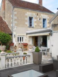 Maison Orbigny &bull; <span class='offer-area-number'>220</span> m² environ &bull; <span class='offer-rooms-number'>11</span> pièces
