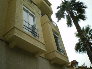 Appartement Le Lavandou &bull; <span class='offer-area-number'>12</span> m² environ &bull; <span class='offer-rooms-number'>1</span> pièce