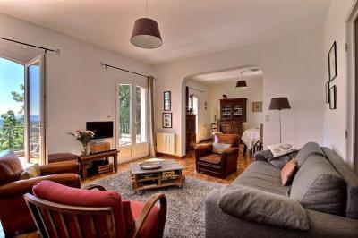 Maison Draguignan &bull; <span class='offer-area-number'>122</span> m² environ &bull; <span class='offer-rooms-number'>4</span> pièces