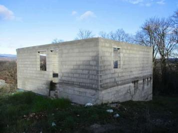 Maison Laveyron &bull; <span class='offer-area-number'>145</span> m² environ &bull; <span class='offer-rooms-number'>1</span> pièce