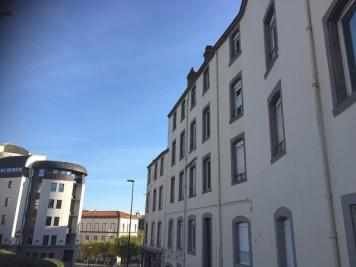 Appartement Clermont Ferrand &bull; <span class='offer-area-number'>26</span> m² environ &bull; <span class='offer-rooms-number'>1</span> pièce