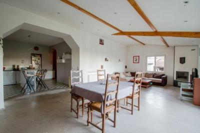 Maison Brin sur Seille &bull; <span class='offer-area-number'>250</span> m² environ &bull; <span class='offer-rooms-number'>7</span> pièces