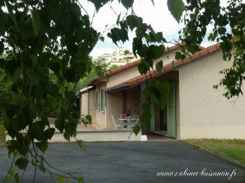 Maison Le Bois D Oingt &bull; <span class='offer-area-number'>80</span> m² environ &bull; <span class='offer-rooms-number'>4</span> pièces