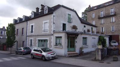 Maison Treignac &bull; <span class='offer-area-number'>340</span> m² environ &bull; <span class='offer-rooms-number'>17</span> pièces