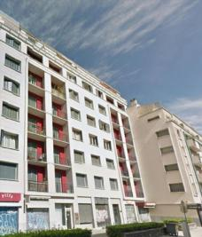 Appartement Grenoble &bull; <span class='offer-area-number'>82</span> m² environ &bull; <span class='offer-rooms-number'>4</span> pièces