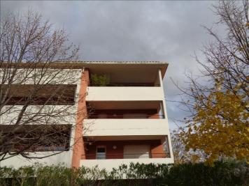 Appartement Le Pontet &bull; <span class='offer-area-number'>61</span> m² environ &bull; <span class='offer-rooms-number'>3</span> pièces