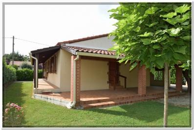 Maison Labastide St Pierre &bull; <span class='offer-area-number'>90</span> m² environ &bull; <span class='offer-rooms-number'>4</span> pièces