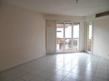 Appartement St Ismier &bull; <span class='offer-area-number'>111</span> m² environ &bull; <span class='offer-rooms-number'>5</span> pièces