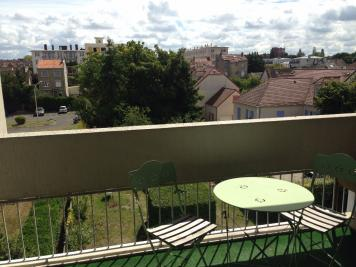 Appartement Rueil Malmaison &bull; <span class='offer-area-number'>63</span> m² environ &bull; <span class='offer-rooms-number'>3</span> pièces