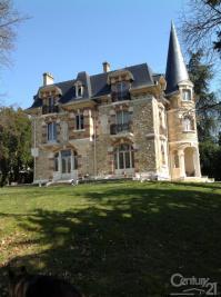 Maison St Leu la Foret &bull; <span class='offer-area-number'>447</span> m² environ &bull; <span class='offer-rooms-number'>11</span> pièces