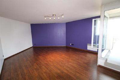 Appartement Voisins le Bretonneux &bull; <span class='offer-area-number'>51</span> m² environ &bull; <span class='offer-rooms-number'>2</span> pièces