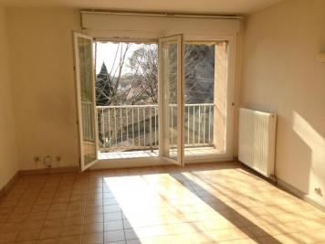 Appartement Cavaillon &bull; <span class='offer-area-number'>68</span> m² environ &bull; <span class='offer-rooms-number'>3</span> pièces