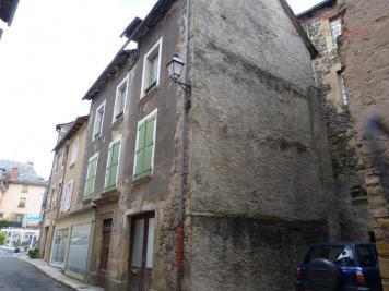 Maison St Geniez D Olt &bull; <span class='offer-area-number'>200</span> m² environ &bull; <span class='offer-rooms-number'>8</span> pièces
