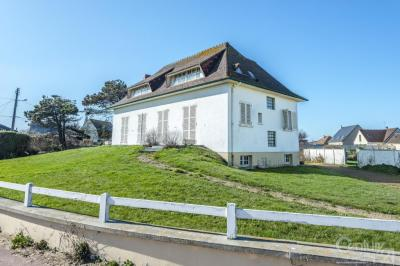 Maison Asnelles &bull; <span class='offer-area-number'>170</span> m² environ &bull; <span class='offer-rooms-number'>6</span> pièces