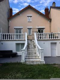 Maison Pierrefitte sur Seine &bull; <span class='offer-area-number'>100</span> m² environ &bull; <span class='offer-rooms-number'>6</span> pièces