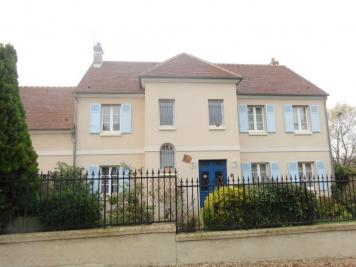 Maison Epiais Rhus &bull; <span class='offer-area-number'>240</span> m² environ &bull; <span class='offer-rooms-number'>8</span> pièces