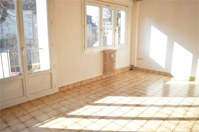 Appartement Chambery &bull; <span class='offer-area-number'>61</span> m² environ &bull; <span class='offer-rooms-number'>3</span> pièces