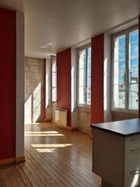 Appartement Bordeaux &bull; <span class='offer-area-number'>59</span> m² environ &bull; <span class='offer-rooms-number'>2</span> pièces