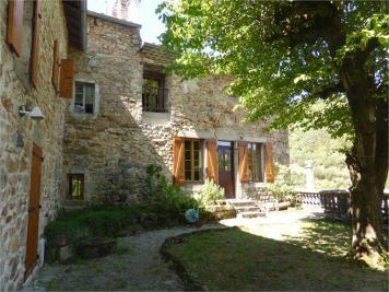 Maison St Sauveur de Montagut &bull; <span class='offer-area-number'>140</span> m² environ &bull; <span class='offer-rooms-number'>6</span> pièces