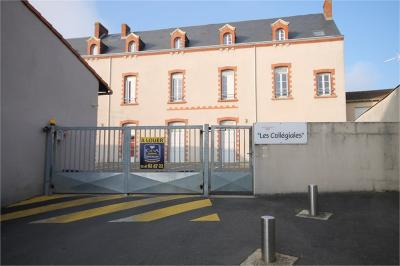 Appartement Cholet &bull; <span class='offer-area-number'>19</span> m² environ &bull; <span class='offer-rooms-number'>1</span> pièce
