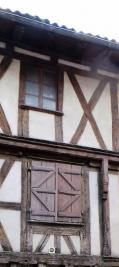 Maison Ste Foy la Grande &bull; <span class='offer-area-number'>225</span> m² environ &bull; <span class='offer-rooms-number'>5</span> pièces