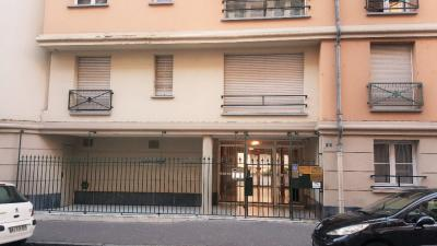 Appartement Amiens &bull; <span class='offer-area-number'>85</span> m² environ &bull; <span class='offer-rooms-number'>3</span> pièces