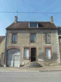 Maison Nogent sur Seine &bull; <span class='offer-area-number'>110</span> m² environ &bull; <span class='offer-rooms-number'>7</span> pièces