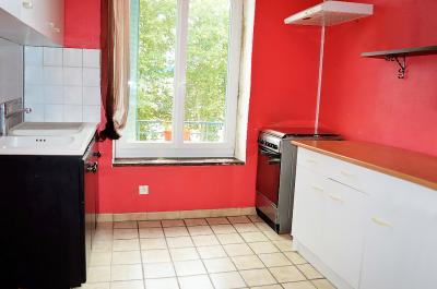 Appartement St Maurice de Beynost &bull; <span class='offer-area-number'>47</span> m² environ &bull; <span class='offer-rooms-number'>2</span> pièces