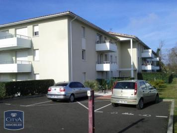 Appartement St Pierre du Mont &bull; <span class='offer-area-number'>62</span> m² environ &bull; <span class='offer-rooms-number'>3</span> pièces