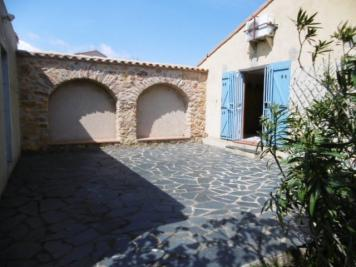 Villa Fitou &bull; <span class='offer-area-number'>100</span> m² environ &bull; <span class='offer-rooms-number'>4</span> pièces