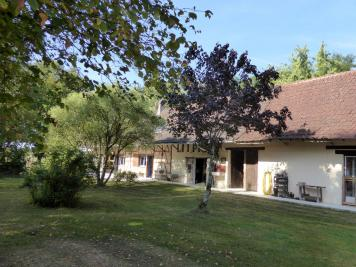 Maison Menetreuil &bull; <span class='offer-area-number'>206</span> m² environ &bull; <span class='offer-rooms-number'>9</span> pièces
