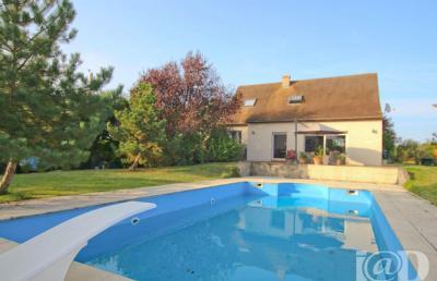 Maison Bonny sur Loire &bull; <span class='offer-area-number'>152</span> m² environ &bull; <span class='offer-rooms-number'>6</span> pièces