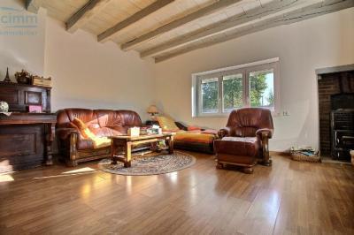 Maison Longeault &bull; <span class='offer-area-number'>146</span> m² environ &bull; <span class='offer-rooms-number'>6</span> pièces