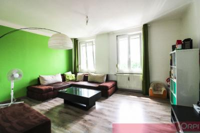 Appartement Souffelweyersheim &bull; <span class='offer-area-number'>146</span> m² environ &bull; <span class='offer-rooms-number'>4</span> pièces
