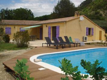 Maison Condorcet &bull; <span class='offer-area-number'>130</span> m² environ &bull; <span class='offer-rooms-number'>5</span> pièces