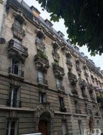 Appartement Paris 14 &bull; <span class='offer-area-number'>32</span> m² environ &bull; <span class='offer-rooms-number'>1</span> pièce